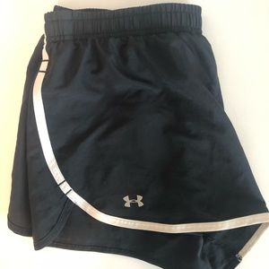 Under Armour running shorts size small